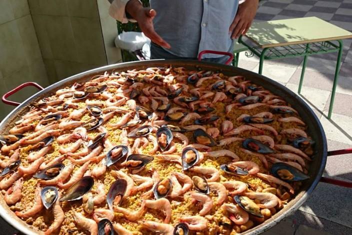 Día del centro: comida de convivencia organizada por el AMPA